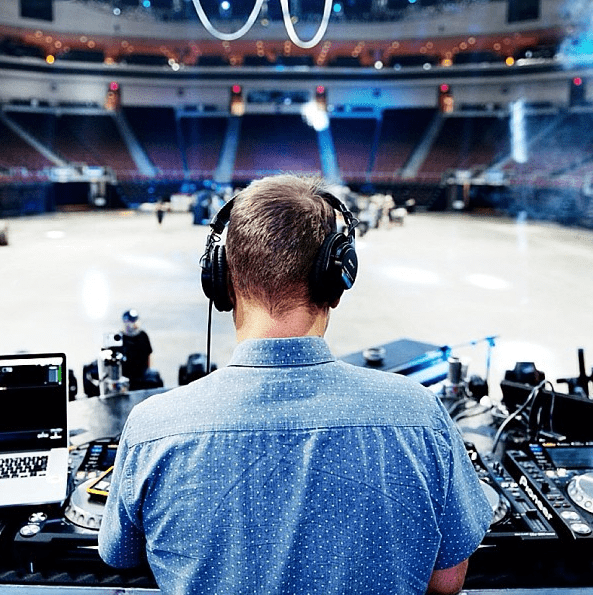 Behind the scenes of Kaskade's Atmosphere Tour