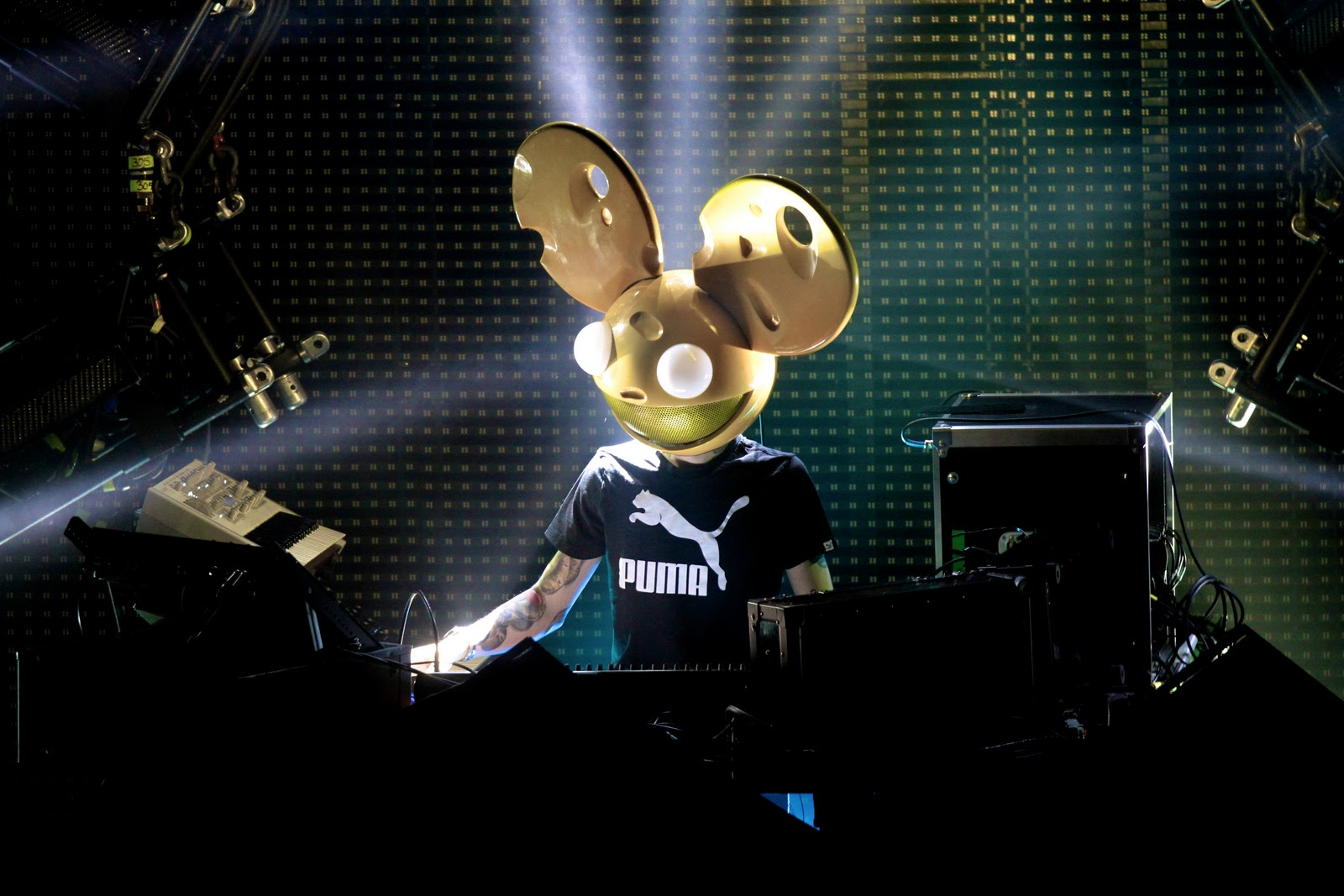 Deadmau5 and Microsoft Unveil New DJ Technology
