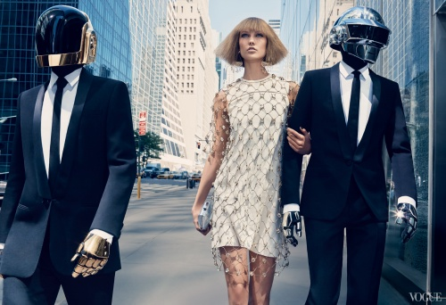 daft-punk-karlie-kloss-1_161058287211.jpg_article_singleimage