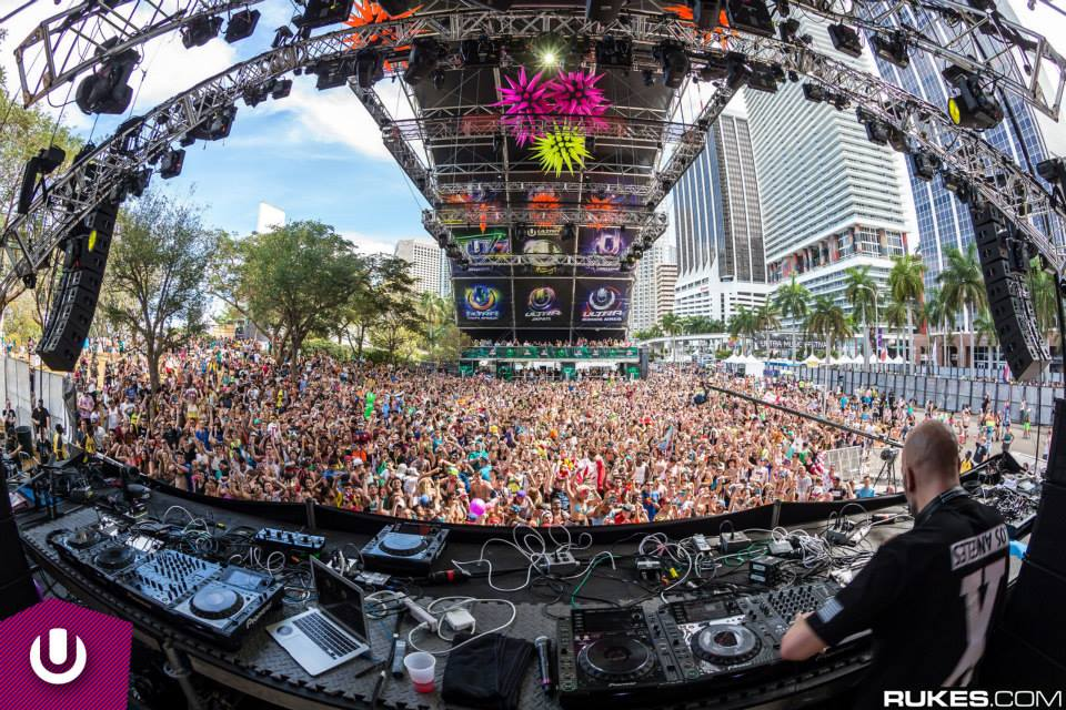 TJR & Dillon Francis Live at UMF Miami