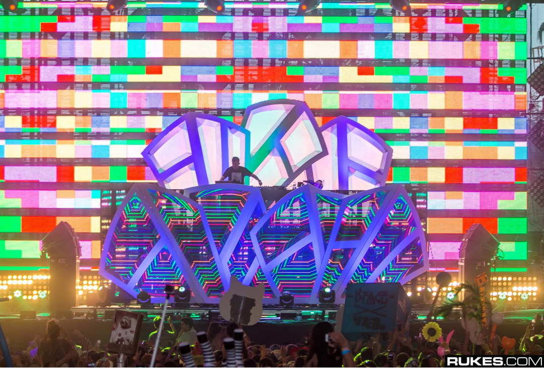 Dillon Francis Stage Plus Stunning Visuals Coming To Hard Summer