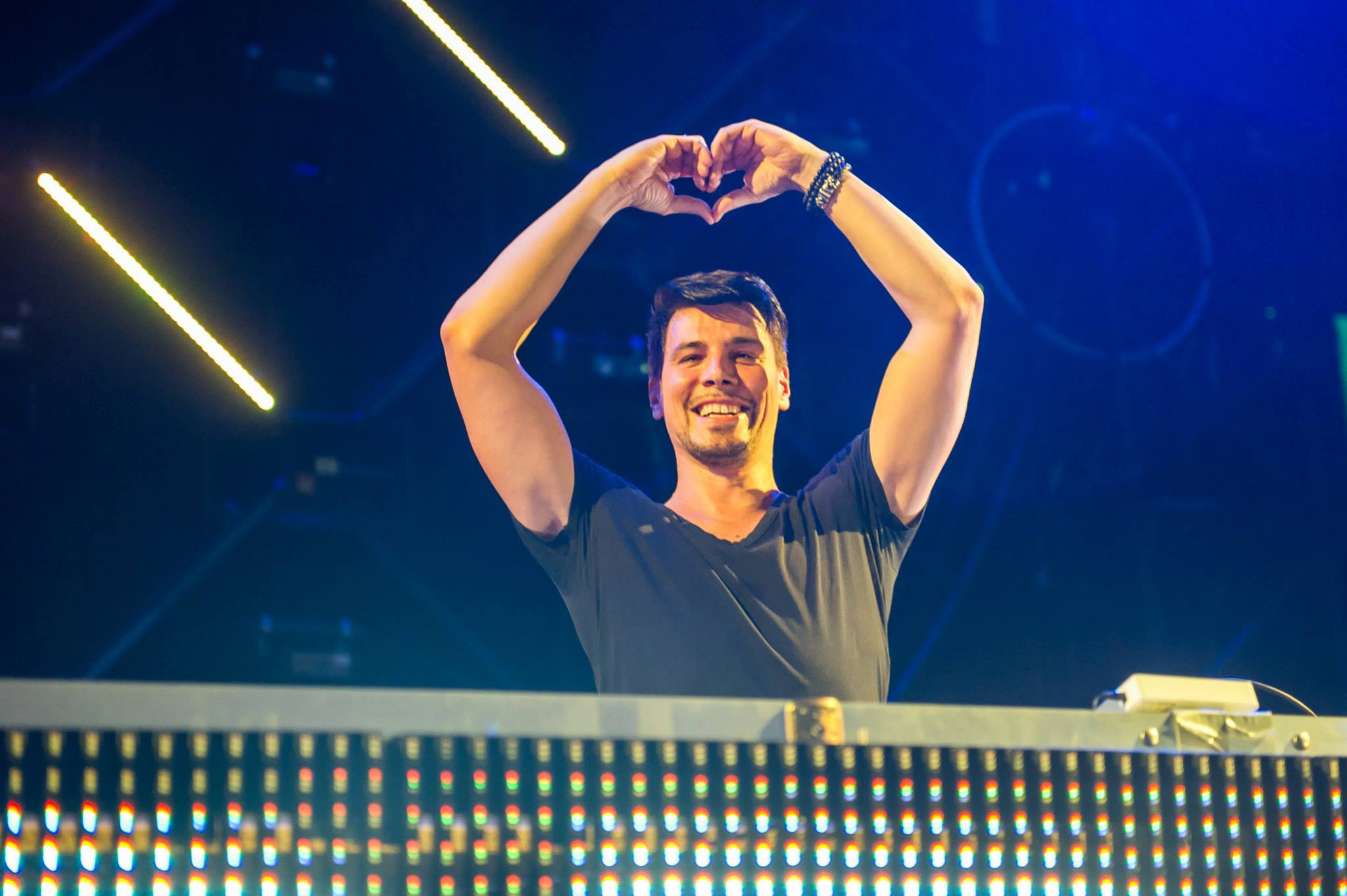 THOMAS GOLD AT EXCHANGE 12/26