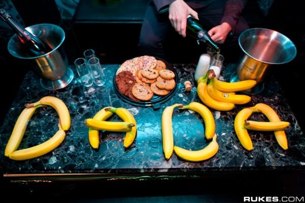 Dada-Life-Bananas-Champagne