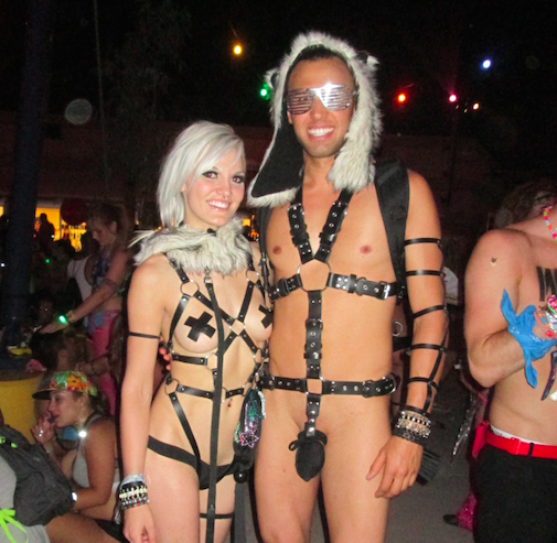 10 Standout Outfits We Loved At Edc Las Vegas Edm Maniac