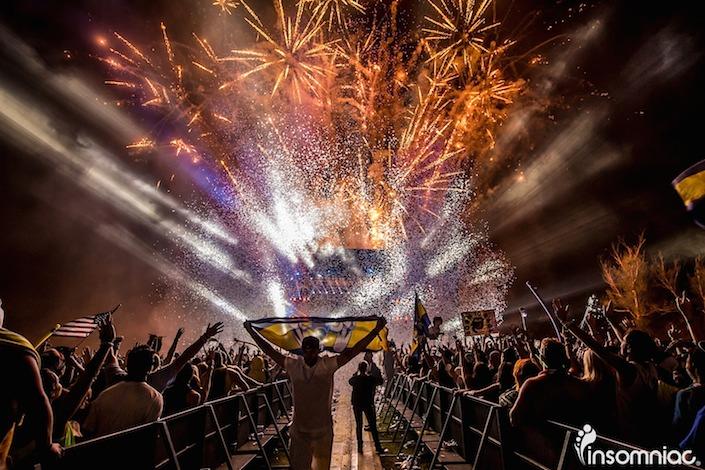 dadalandthevoyagepov_fireworks_705x470