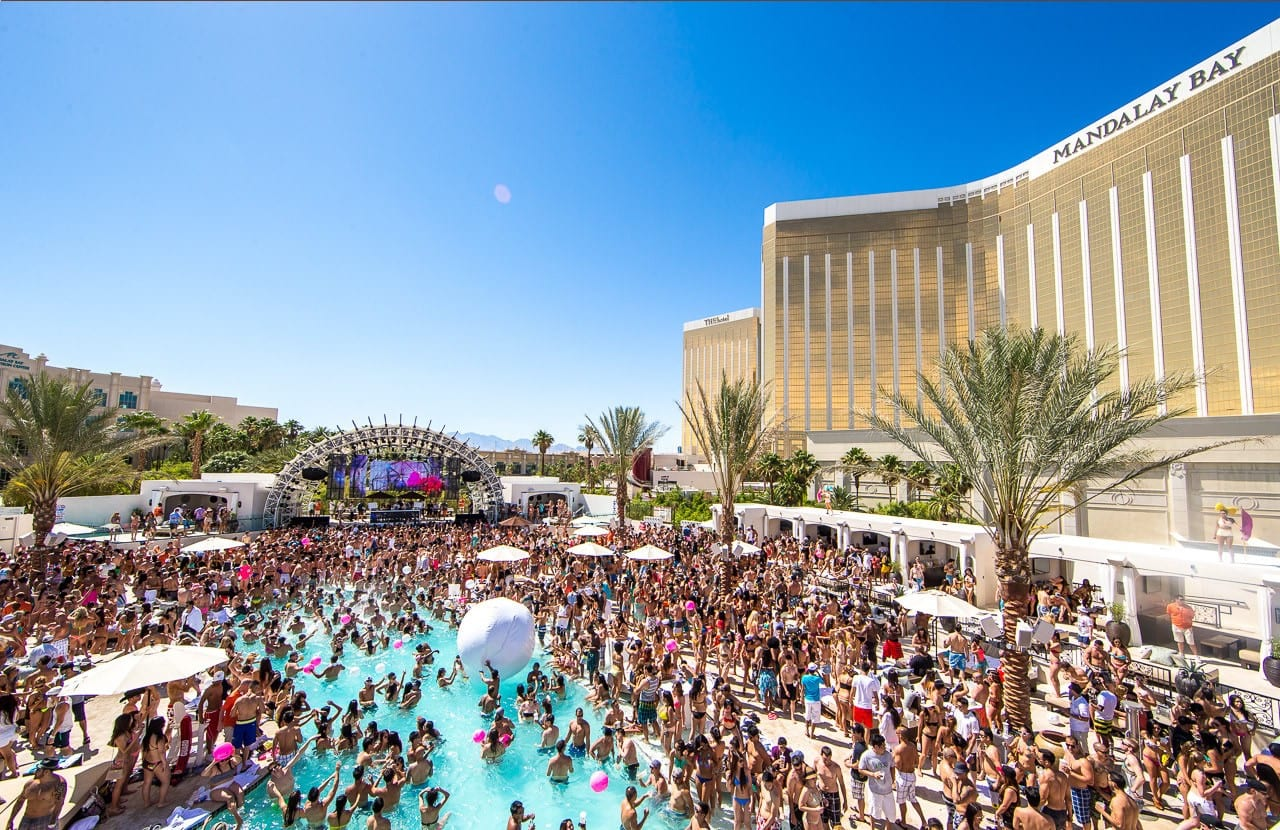 Las Vegas Pool Party Season Kicks Off in 1 Month