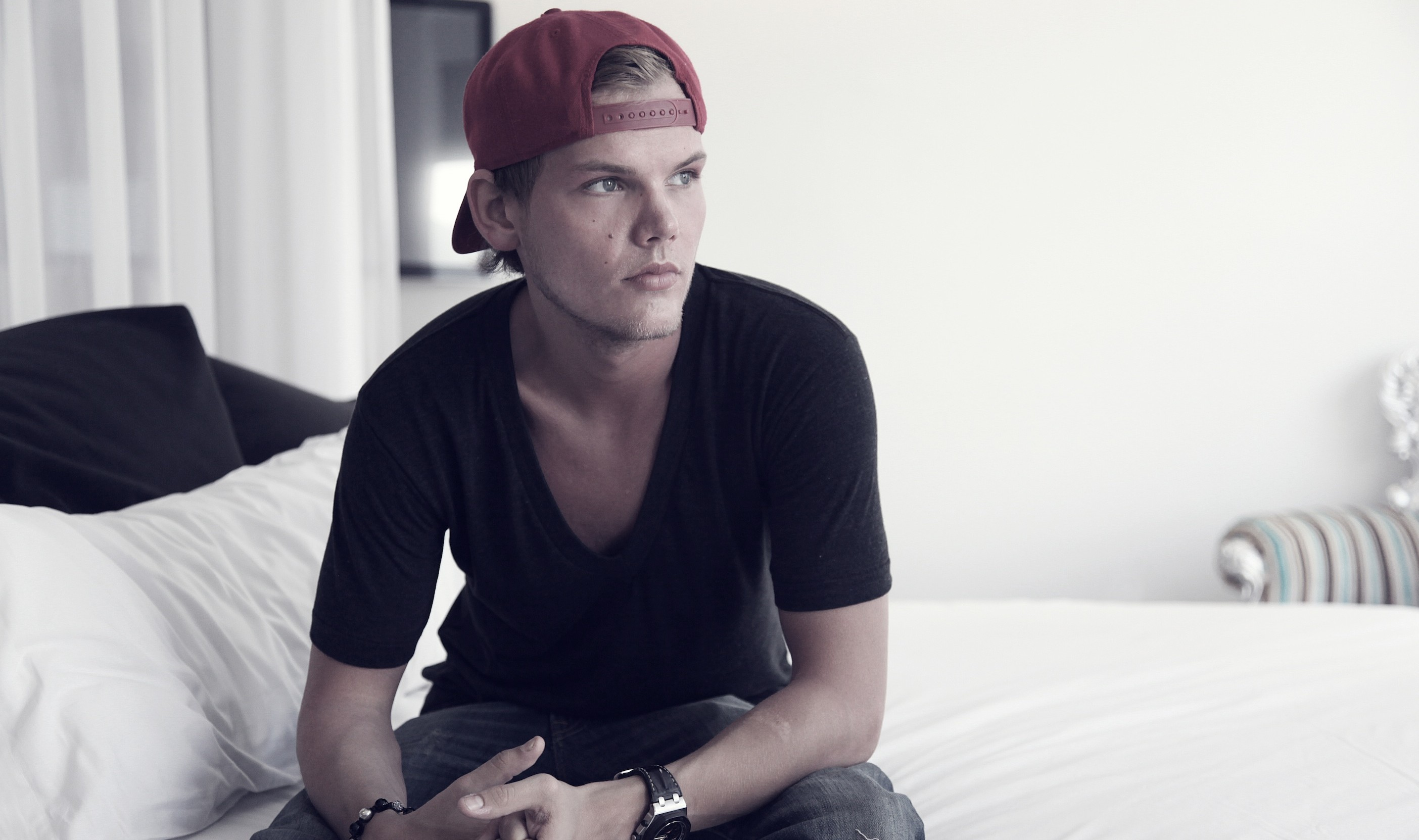 Avicii Announces Retirement From Touring and Shows In A Heartfelt Letter To Fans