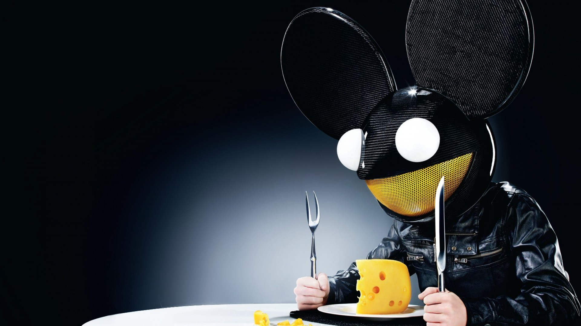 Apple Music Adds Deadmau5 To Roster Of Artists Hosting On Beats 1 Radio