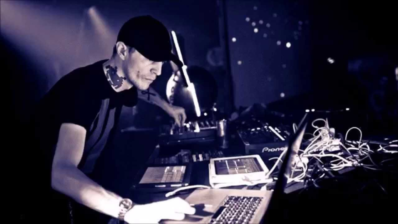 Deadmau5 To Fill In For The Prodigy's Closing Slot Saturday
