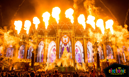 The night comes alive at the Kinetic Cathedral at EDC Las Vegas, presented by Insomniac.  Photo by: Electronic Midwest