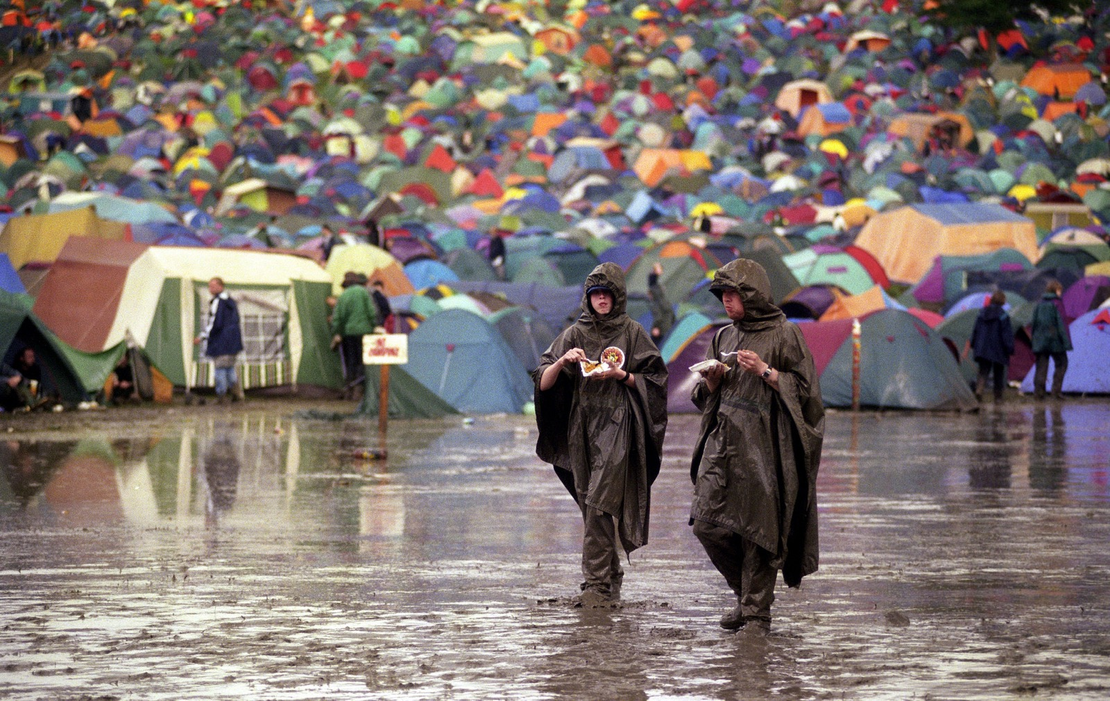 8 Tips For Preparing For Weather At Festivals