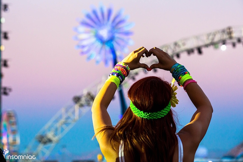How Music Festivals Bring Out The Love In People