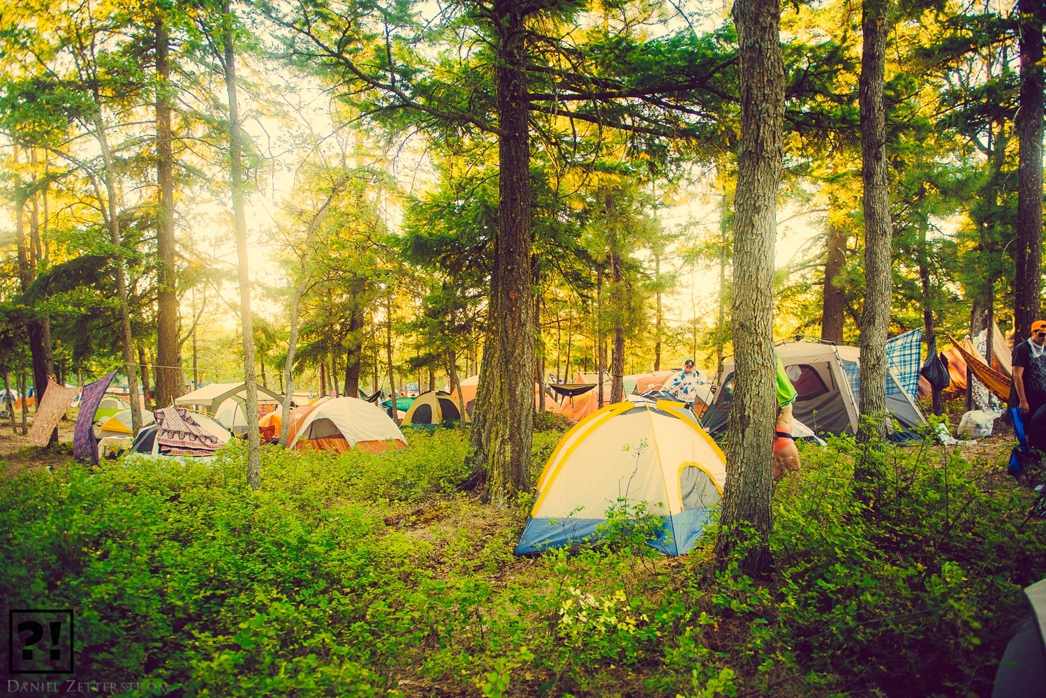 How to Pack Light for a Camping Festival When Flying