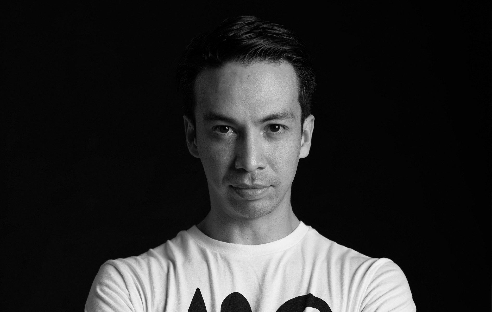 "Laidback Luke Announces ""Strictly Techno"" Set In Los Angeles"