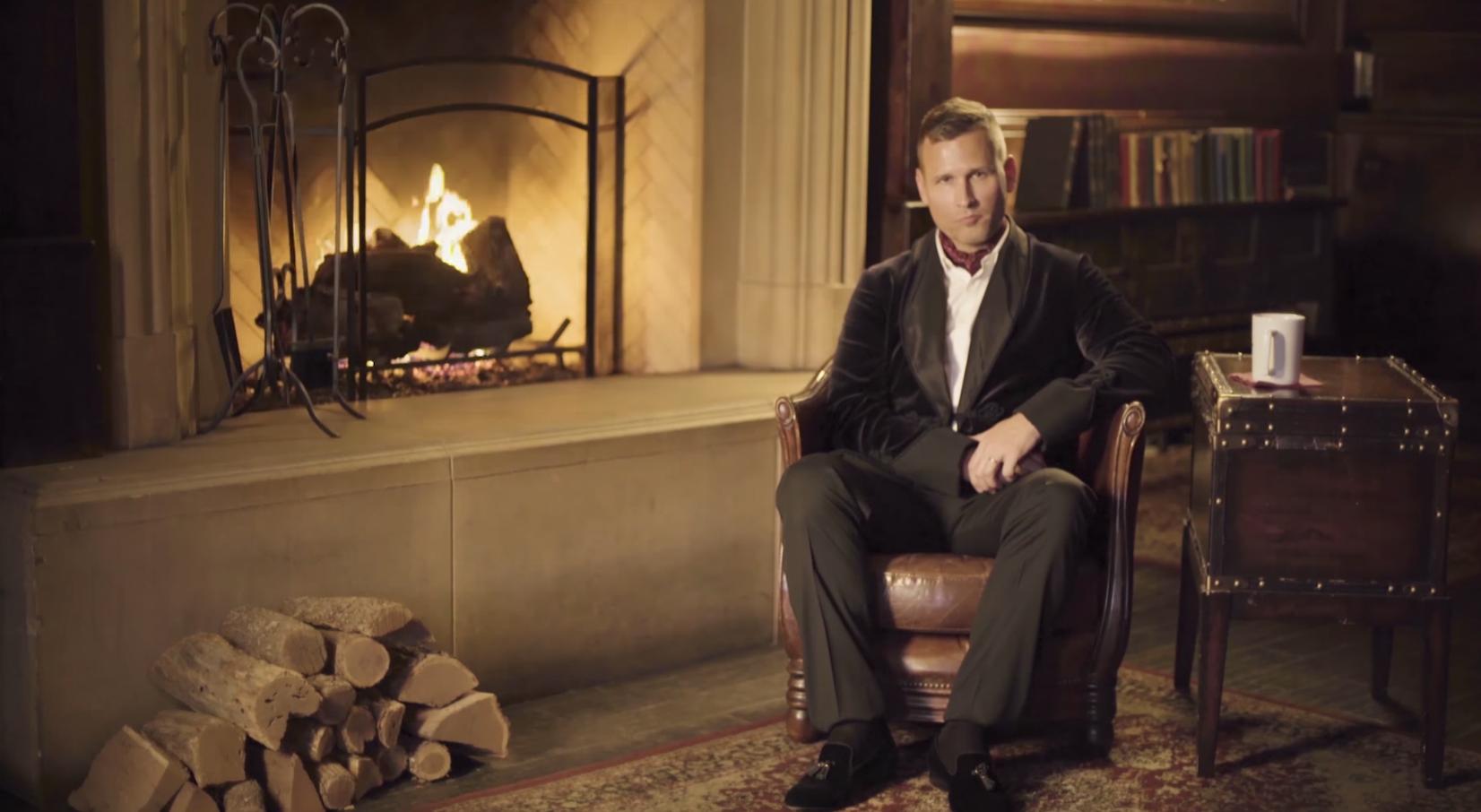 Kaskade Releases 5-Hour Long Yule Log Video