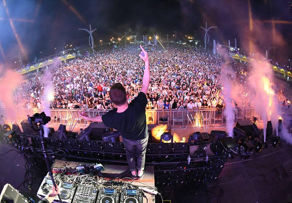 Kaskade Brings Sun Soaked to Miami Music Week