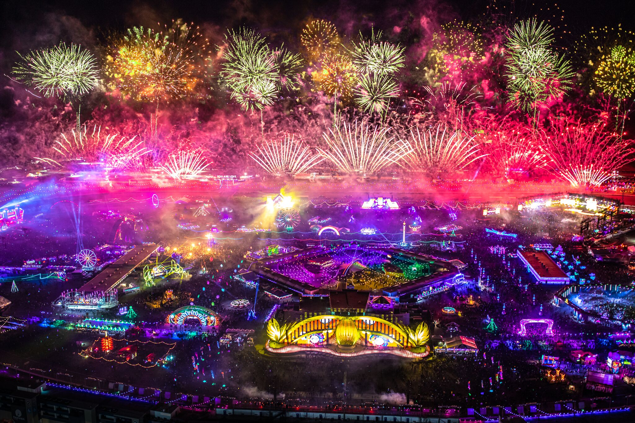 Zero Deaths Reported at EDC Las Vegas 2019