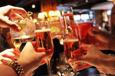 """New Outdoor """"Drinking Zones"""" Coming To California This Summer To Help Boost Economy"""