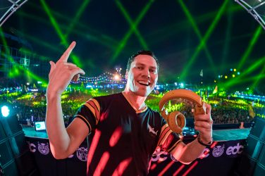 Tiesto Signs to Atlantic Records Along With First Track on the Label